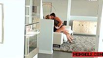 Milf Mercedes Carrera wants teen Josie Jagger to share bf dick