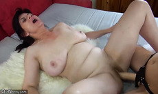 OldNannY Old Mom and Teen Lesbian Toys