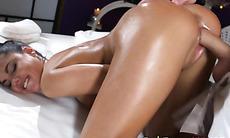 Hot Vixen Apolonia Lapiedra Enjoys Big Cock And Jizz