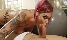 Anna Bell Peaks sucking Alex Legends huge cock off