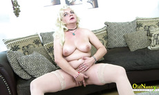 OldNannY Hot Milf Fingering Her Pussy