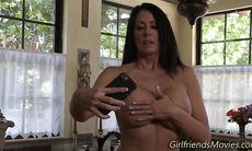 Lesbian milf eats pussy