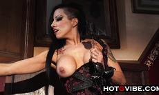 Horny Sexy Gigi Crazy Squirts